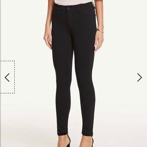 Ann Taylor Modern fit 5-pocket pants (TAN COLOR)